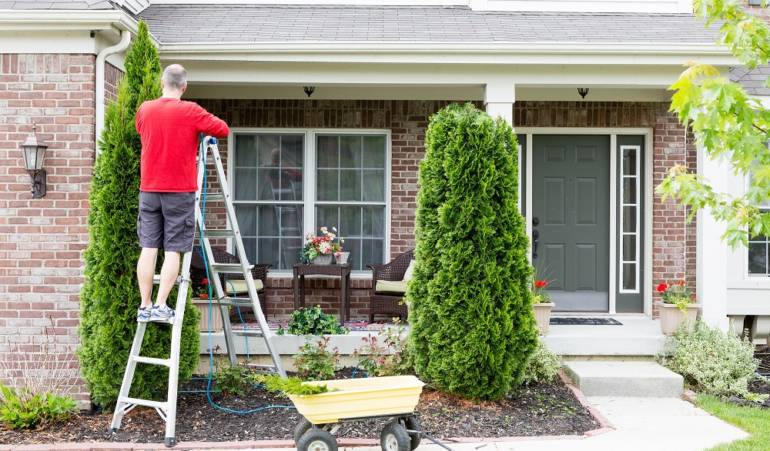 5 Springtime Home Maintenance To-Do's
